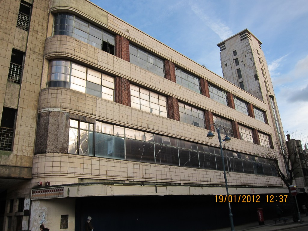 Art Deco Co-op Building on Powis Street