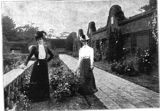 Maxine Elliot and her sister Gertrude on the terrace at Jackwood