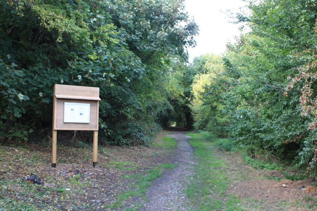 New notice board at Garland Road entrance to Shrewsbury Park
