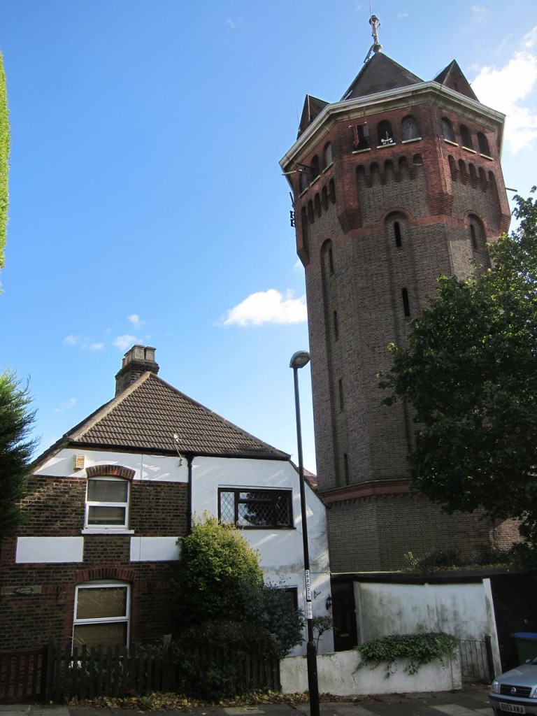 Woodcot Cottages and the Water Tower