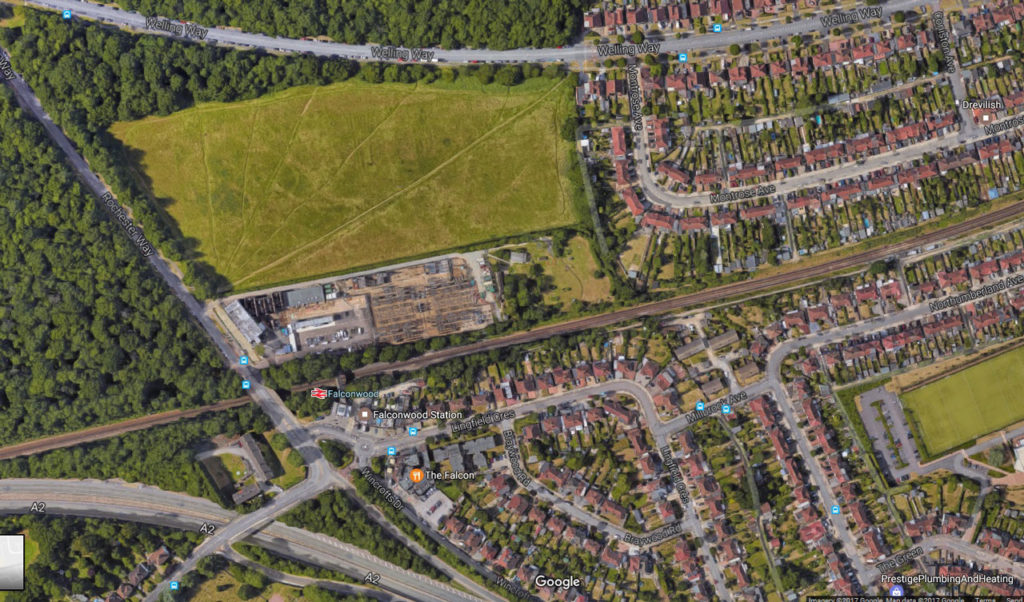 WDMES is located South of Falconwood Field and North of the railway line behind the electricity sub-station. Entrance is from Rochester Way