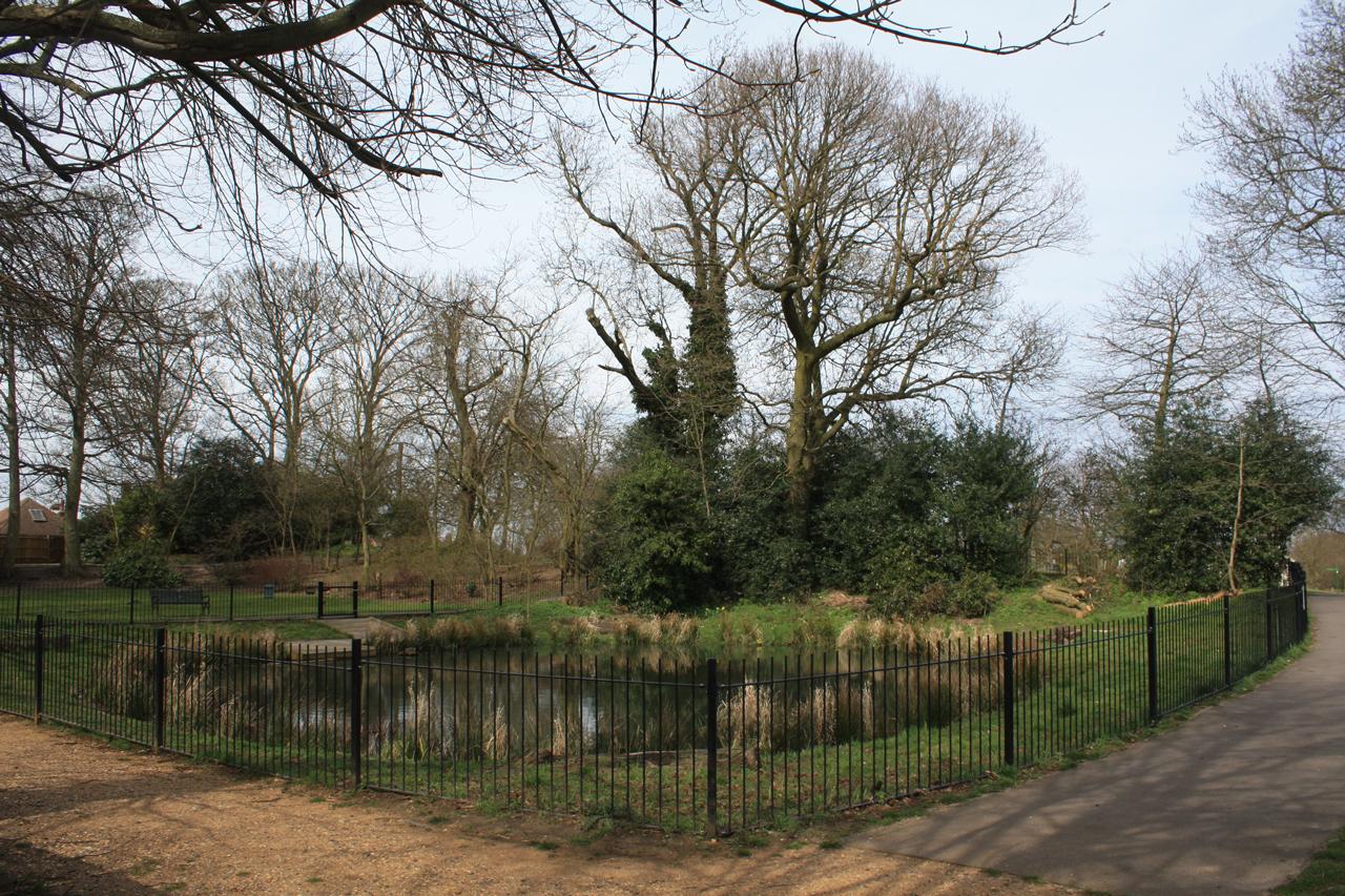 Eaglesfield-Park-Lilly-Pond-17th-April-2013